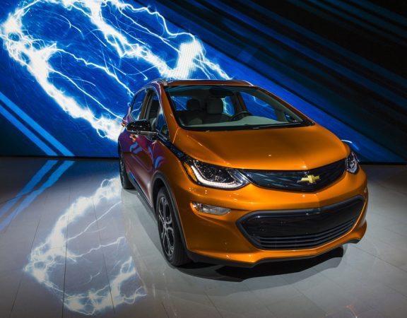 Stuart Homeowners Compare Chevy Bolt to the Tesla Model 3