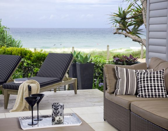 Pros and Cons of Living in a Delay Beach Home on the Water