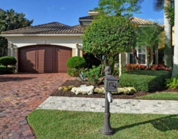 Homes for Sale in Port St. Lucie 151 SE Bella Strano