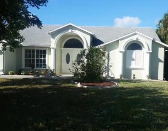 Cape Coral luxury homes 3016 SE 22nd PL