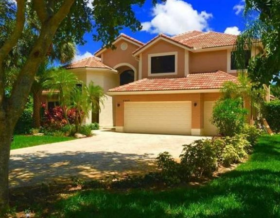 Homes for Sale in Coral Springs on 4699 Rothschild Dr