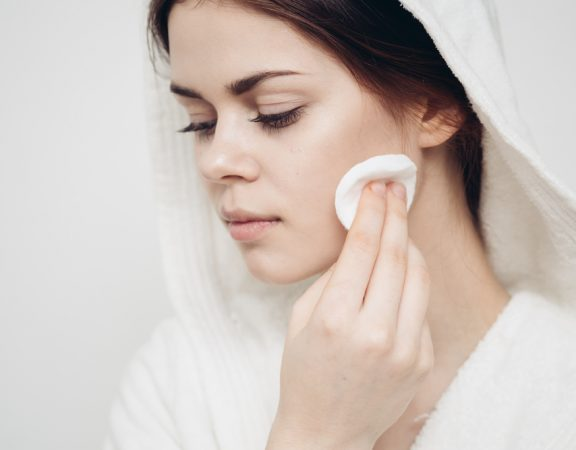 Weston Homeowners Discover the Best Facial Treatments