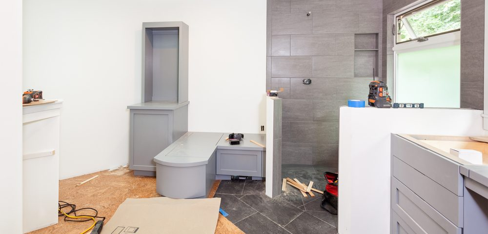 How to easily remodel a bathroom for Bath remodel ventura