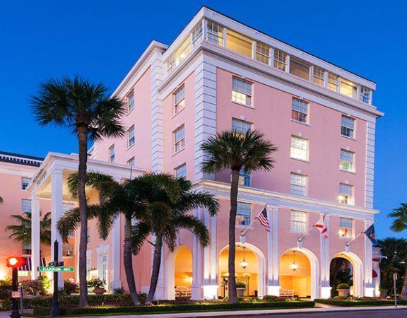 colony-hotel